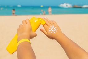 Jak chránit dětskou pokožku v létě?